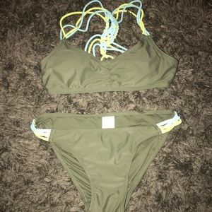 A&E bikini